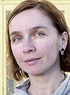 dr Urška Žugelj