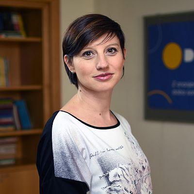 dr Anita Maček